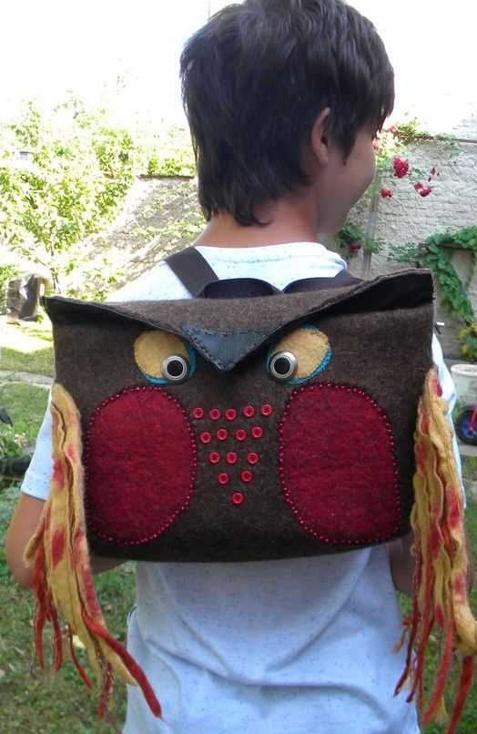 Plstěný batoh Sova